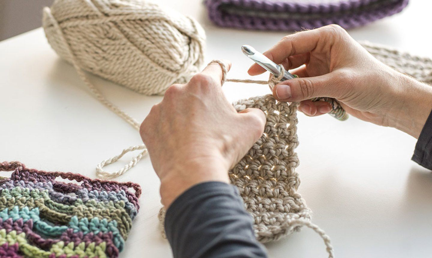 Application to Learn How to Crochet